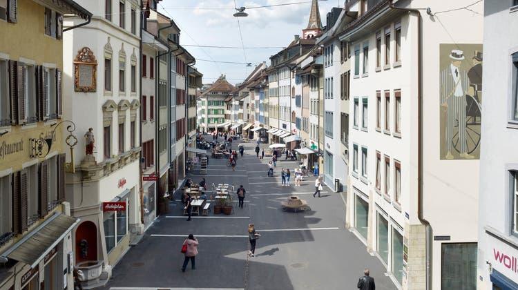 Die 2017 zur Flaniermeile umgebaute Rathausstrasse in Liestal hat nationalen Vorbildcharakter. (Bild: zvg)