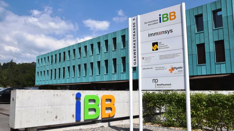 Der Geschäftssitz der EnergieversorgerinIBBbefindet sich an der Gaswerkstrasse. (Bild: mhu (22. Mai 2015))