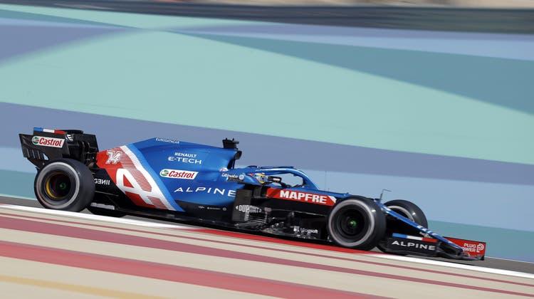 Hatte kein Glück in Bahrain: Fernando Alonso mit seinem Alpine-F1-Boliden. (EPA)