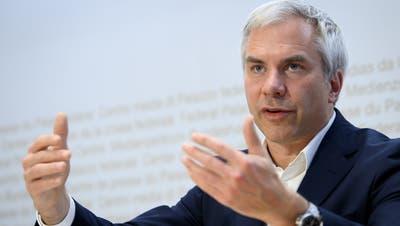 Die wissenschaftlicheTaskforce mit Präsident Martin Ackermann ist im Fokus von SVP und FDP. (Keystone)
