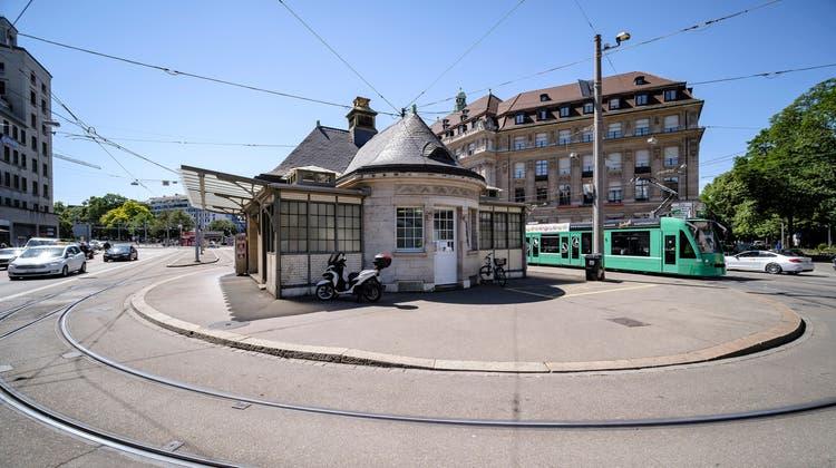 Dass die Trams in Richtung Hardstrasse den Aeschenplatz im Linksverkehr befahren, hält Appenzeller für keine gute Idee. (Bild: Kenneth Nars)