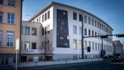 Die Kunstplattform Akku an der Gerliswilstrasse. (Bilder: Boris Bürgisser (Emmenbrücke, 2. März 2021))