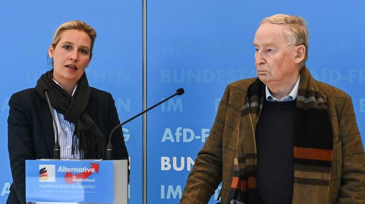Schwindender Rückhalt: Immer wieder gibt es Demonstrationen gegen die AfD, wie hier im brandenburgischen Senftenberg Ende Februar. (Patrick Pleul / 28. Februar 2021/dpa)