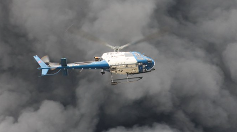Grossbrand in Hinwil – Polizei bittet Bevölkerung, Fenster und Türen zu schliessen