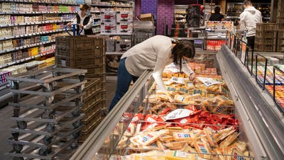 Auch im Coronajahr hat Migros im Aargau umgebaut: Der Badener Supermarkt wurde Anfang November nach sechs Wochen wiedereröffnet. (Alex Spichale)