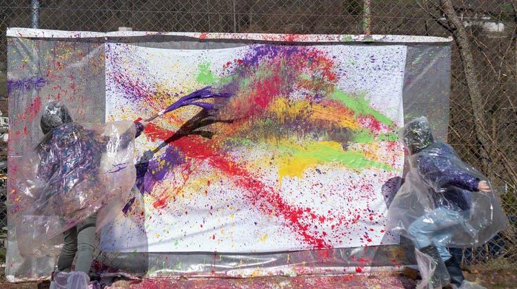 Spritzen, klecksen und tropfen: Action-Painting war der Höhepunkt. (ZVG)