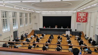 Der Nidwaldner Landrat tagt im Theatersaal des Kollegi St. Fidlelis. (Bild: Martin Uebelhart (Stans, 31. März 2021))