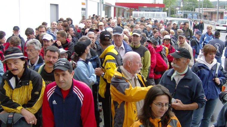 Grossaufmarsch am Start in Bremgarten: Dieses Bild wird es heuer nicht geben, der Rigimarsch ist abgesagt. (AZ-Archiv (2007))