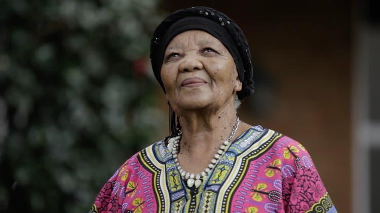 Als die Geschwister von Katrina Esau starben, beschloss die Frau, für ihre Sprache zu kämpfen. (Bild: Puku Children's Literature Foundation)