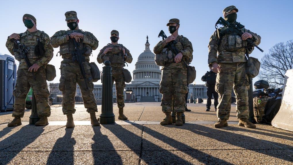 Gegen 5000 Soldaten bewachen aktuell das Kapitol in Washington. (Keystone)