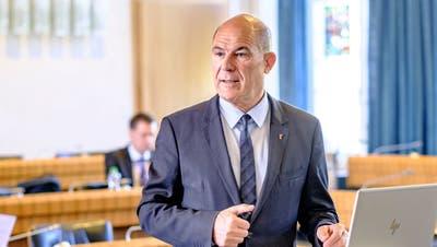Der Baselbieter Finanz- und Sozialdirektor Anton Lauber hat die Teilrevision des Sozialhilfegesetzes nochmals überarbeitet. (Bild: Kenneth Nars)