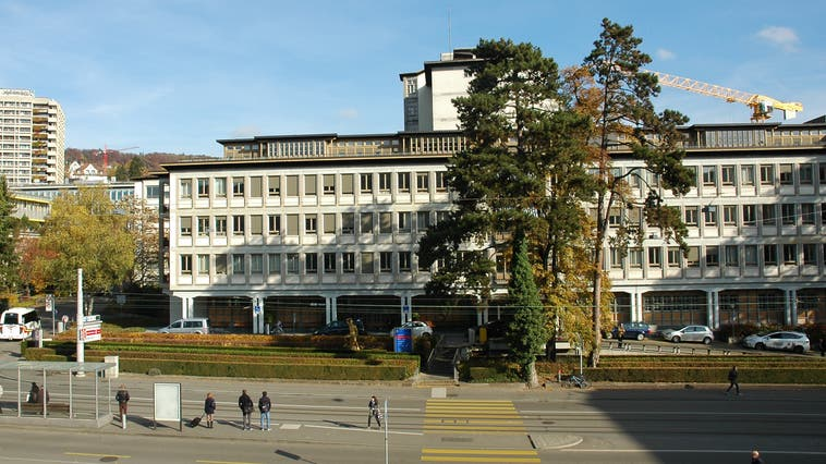 Im Frühling 2020 sind an mehreren Kliniken des USZMissstände bekannt geworden. Die Aufsichtskommission für Bildung und Gesundheit (ABG) nimmt darauf hin das USZ genauer unter die Lupe. (Archivbild: Matthias Scharrer (mts) / LTA)