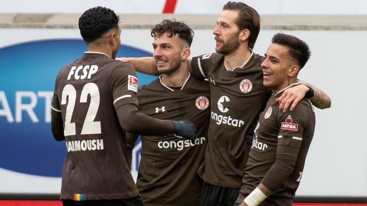Jubeln sah man die Spieler von St. Pauli auf europäischer Bühne noch nie. Geht es nach dem Klub, soll sich das innert 15 Jahren ändern.