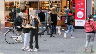 Am 1. März 2021 durften alle Läden wieder öffnen. Sie brauchen aber ein Schutzkonzept. (Britta Gut)