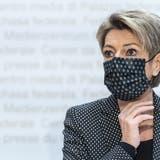 Reaktion des Bundesrats zur Klatsche ++ Keller-Sutter: «Verhüllungsverbot kein Votum gegen Muslime» ++ Zwei Ja, ein Nein - dieErgebnisse des Tages