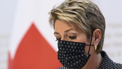Justizministerin Karin Keller-Sutter muss auf die Gegner zugehen und schnell eine staatliche E-ID aufgleisen. (Keystone (Bern, 7. März 2021))