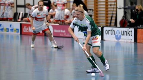 Joonas Pylsy konnte mit seinem Treffer zum 3:5 kurz vor Schluss die Niederlage von Wiler-Ersigen gegen Malans auch nicht mehr verhindern. (Bild: Hans Peter Schläfli)