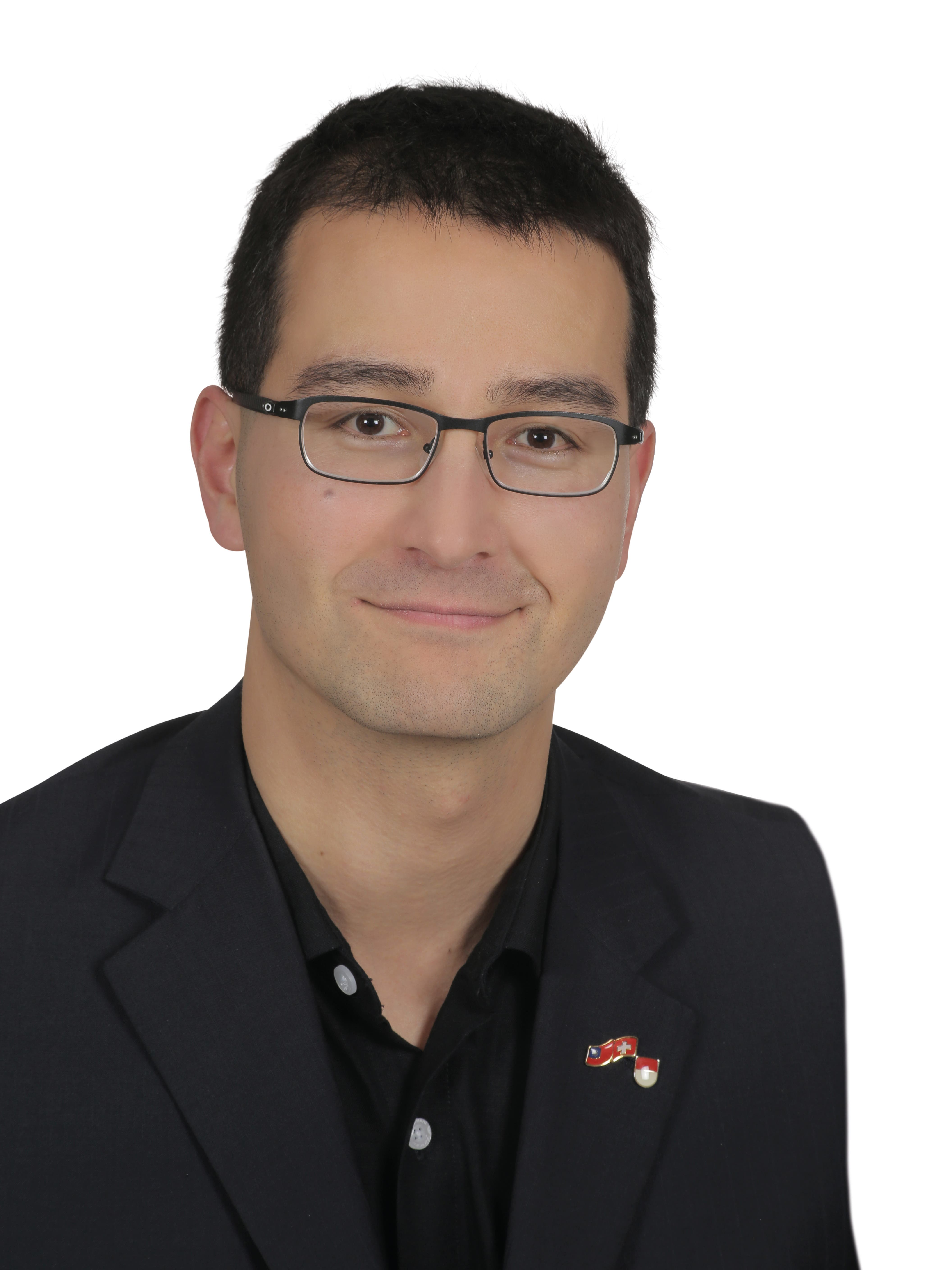 Richard Aschberger, SVP (bisher, wiedergewählt mit 7976 Stimmen)