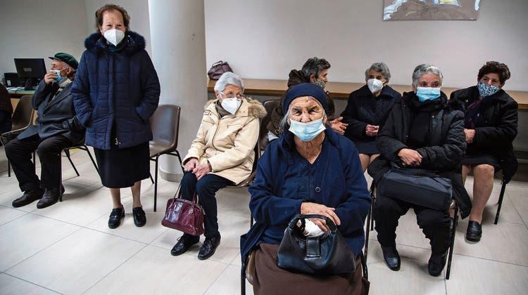 Schallmauer durchbrochen: 100'000 Covid-Tote in Italien