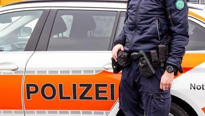 Die Polizei traf zahlreiche Personen im Restaurant an. (Symbolbild: Kantonspolizei St.Gallen)