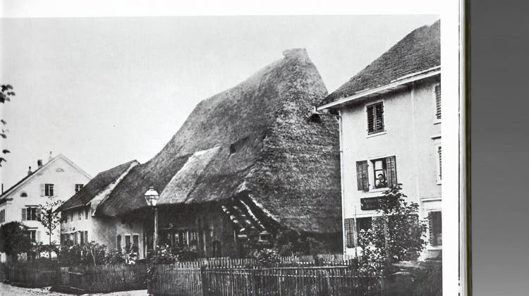 Die Kempfengassewurde zur Kämpfengasse, dann zur Unterdorfstrasse und ist heute unter der Bezeichnung Zentralstrasse allen Wohlern ein Begriff. (zvg)