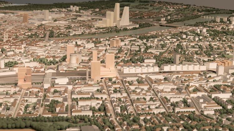 Das Gebiet Nauentor am Bahnhof SBB (Bildmitte) soll neu bebaut und der Rostbalken(ehemaliges Postgebäude) abgerissen werden. Auf dem Stadtmodell zeigt sich, wie dies künftig im Gesamtbild eingebettet aussehen könnte. (Bild: zVg)