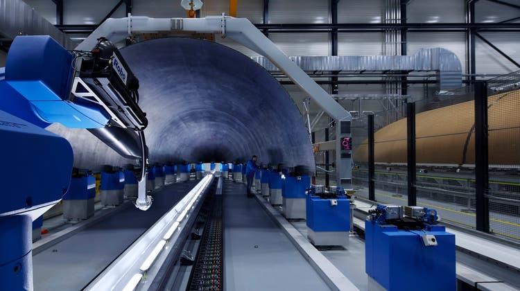 Blick in den Space-Geschäftsbereich der Ruag am Standort Emmen LU. (Bild: Ruag International)
