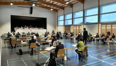 Kantonsratssitzung in der Mehrzweckhalle Kägiswil am 28. Januar 2021. (Philipp Unterschütz / Obwaldner Zeitung)