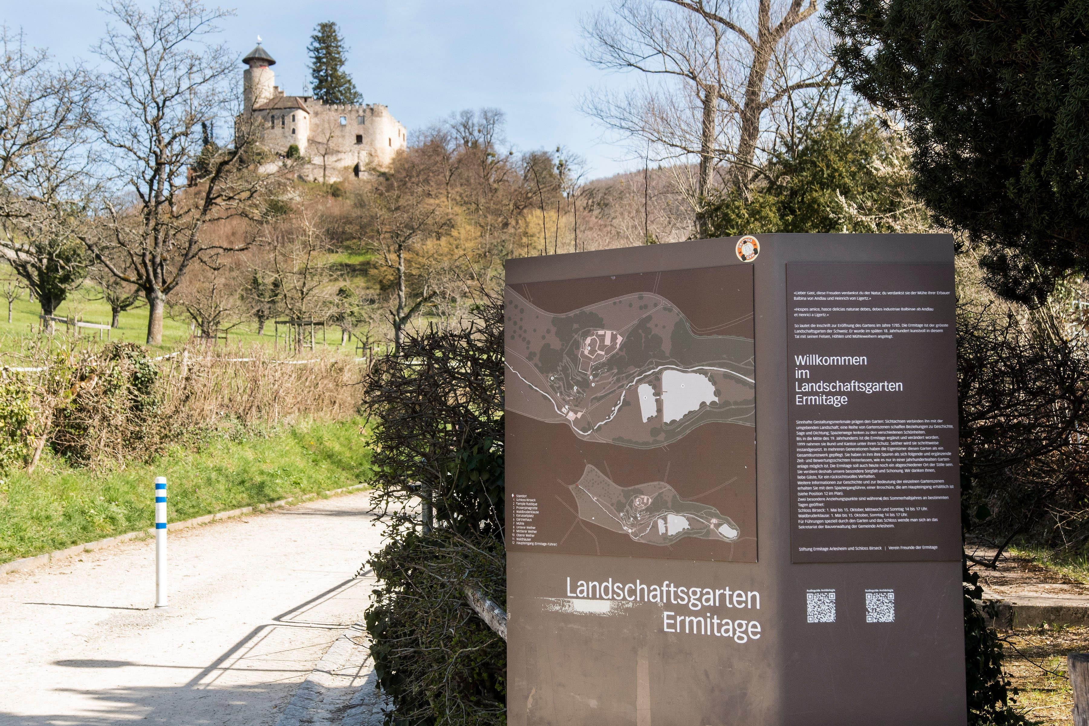 Seit Jahrhunderten zieht die Ermitage Besucherinnen und Besucher an.
