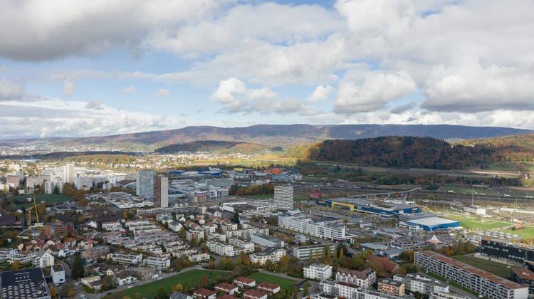 Auch die gute Wirtschaftslage trug zu weniger Sozialkosten bei – viele in Spreitenbach angesiedelte Firmen im Logistik-Bereich benötigten mehr Arbeitskräfte. (Severin Bigler (fotografiert am 27. Oktober 2020))
