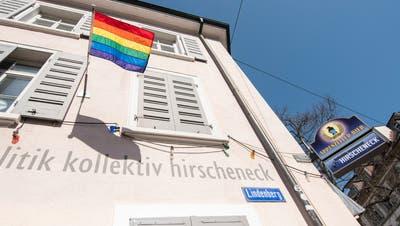 Das Kollektiv des«Hirscheneck» wendet sich in einem Facebookpost an die Öffentlichkeit. Im Restaurant am Lindenberg 23 sei es zu sexuellen Übergriffen gekommen. (Nicole Nars-Zimmer)