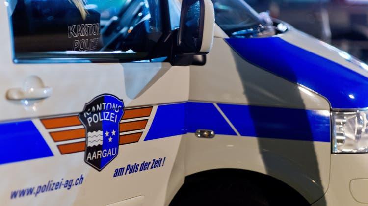 Die Polizei musste mit mehreren Patrouillen ausrücken. (Symbolbild: Kapo AG)