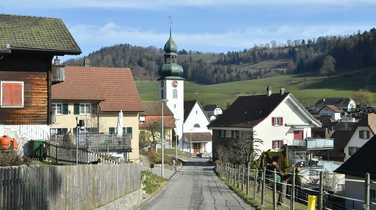 In Holderbank/SO sind die Gemeinderatssitze in diesem Jahr umkämpft. (Bruno Kissling)