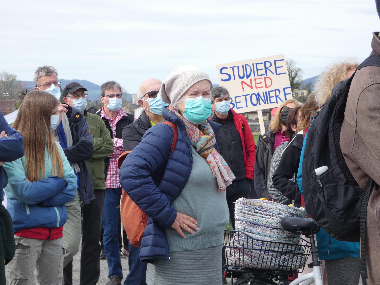 Protestspaziergang der überparteilichen Interessensgemeinschaft «Oasar – Oase, aber richtig».