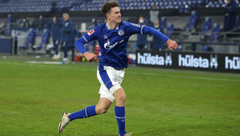 Können seit langem wieder mal Jubeln: Die Schalker Spieler. (Images Europe)