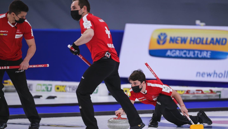 Spielten ein starkes WM-Turnier: Die Schweizer Curler schlagen Russland und gewinnen die Bronzemedaille. (Freshfocus)