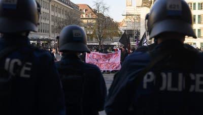 Trotz der Beschränkung auf 15 Personen fanden in Bern auch in den vergangenen Monaten mehrere Kundgebungen statt. (Symbolbild) (Keystone)