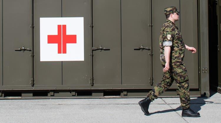 Heftig umstritten: Mitten in der Corona-Krise verschob die Armee ihre Apotheke in die Logistikabteilung - weg von den Fachleuten der Sanitätsabteilung. (Alessandro Crinari / KEYSTONE/TI-PRESS)