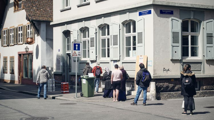 Caritas beider Basel betreibt unter anderem einen Lebensmittelladen für Bedürftige im Kleinbasel. (Bild: Roland Schmid)