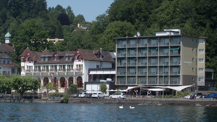 Seit Monaten ein Streitobjekt: Das Hotel Seeburg in der Stadt Luzern. (Bild: Boris Bürgisser (Luzern, 20. Juni 2017))