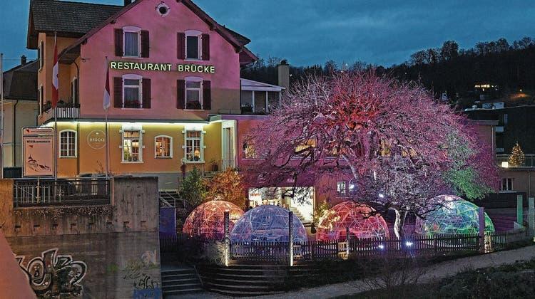 Team des Restaurants Brücke logiert für ein Wochenende in Interlaken - samt Stammgästen