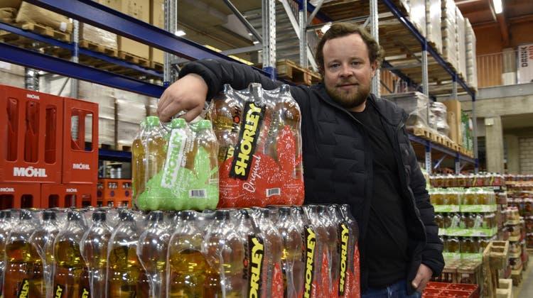 Leiter für Marketing und Produktinnovation Christoph Möhl hofft, dass die überarbeitete Shorley-Marke bei den Kunden gut ankommt. (Bild: Diego Müggler)