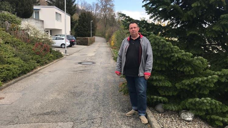Patrick Wilhelm aus Oensingen stört sich an den mit 40 Tonnen beladenen Lastwagen, die durch die Quartierstrassen fahren. (Fränzi Zwahlen-Saner)