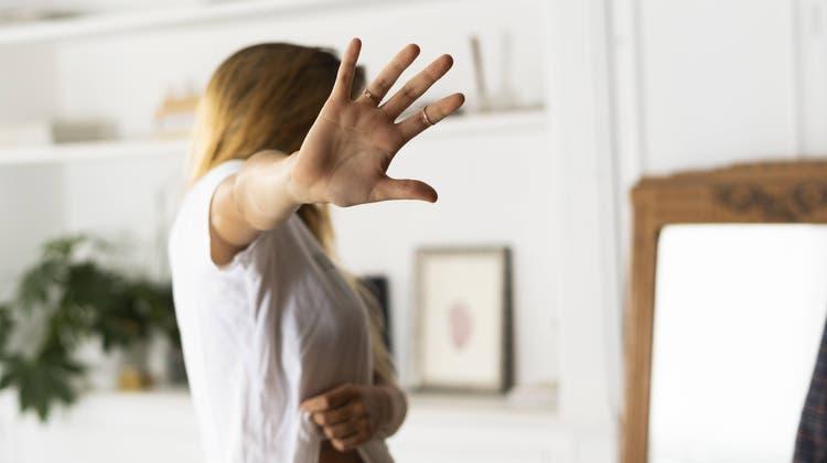 Ob es im vorliegenden Fall zu häuslicher Gewalt gekommen ist, ist für das Bundesgericht nicht erwiesen. (Symbolbild) (Imago Images)