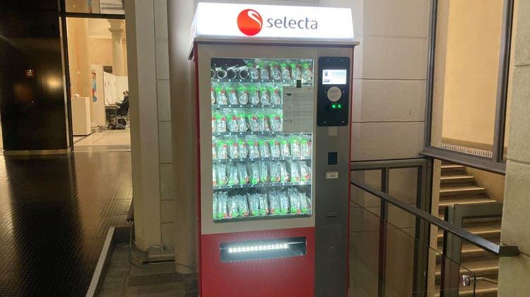 Spucktests gibt es an der ETHaus dem Selecta-Automaten