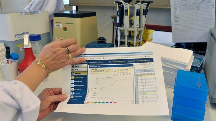 Die Schweiz will die Bestimmungen für In-vitro-Diagnostika verschärfen. (Symbolbild) (Keystone)