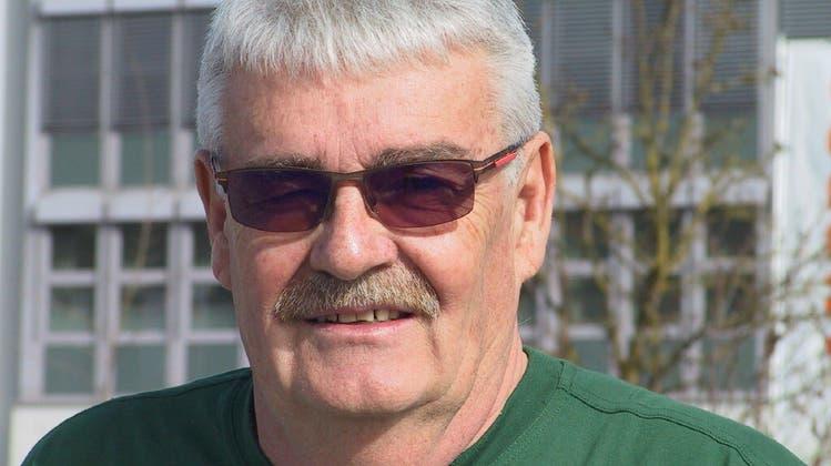 Beat Schmid wohnt seit 40 Jahren mit seiner Familie in Urdorf. (Margret Stöcklin)