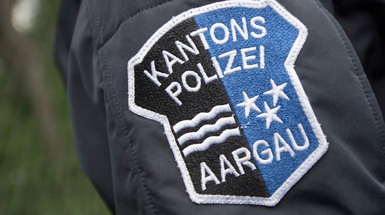 Rückspiegel bei Überholmanöver gestreift und weitergefahren – Polizei sucht den Lenker eines Kleinwagens