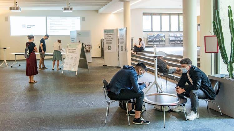 Bereits am 19. April öffnet das Kollegiengebäude wieder. Der Liveunterricht startet dann eine Woche später. (Nicole Nars-Zimmer)