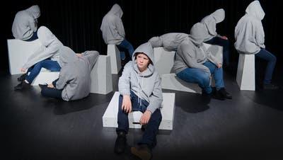 Das Theaterstück «Level up» erzählt die Geschichte des 15-jährigen Lukas, der süchtig nach Games ist. (Bild: PD)